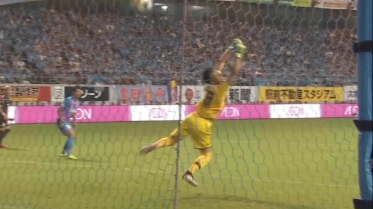 Iniesta leidt goal Vissel Kobe in met wonderschone voorassist