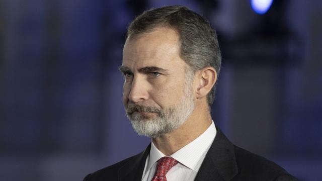 Spaanse koning weigert toekomstige erfenis van vader aan te nemen