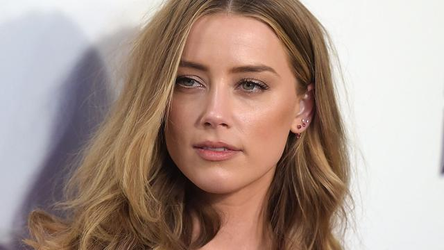 'Amber Heard brengt veel tijd door met miljardair'