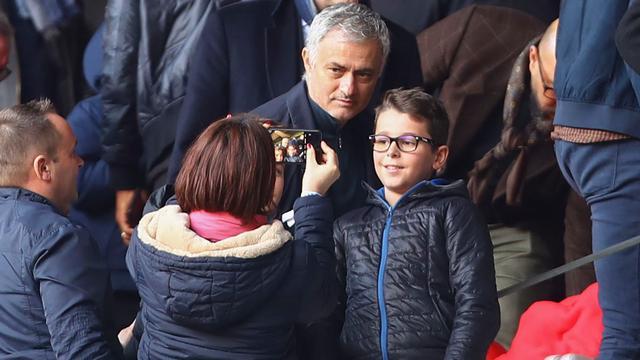 Mourinho hoopt in juni weer als trainer aan de slag te gaan