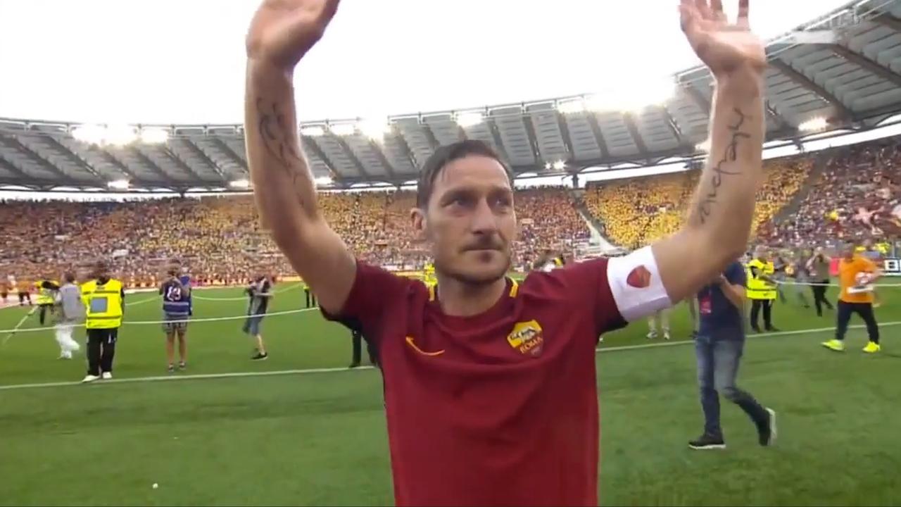 Totti neemt op emotionele wijze afscheid van AS Roma