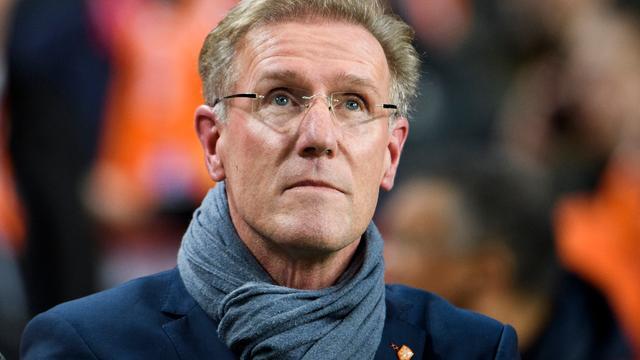 Van Breukelen bereid om functie bij KNVB op te geven voor Van Gaal