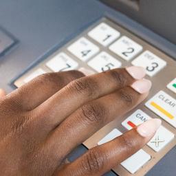 Banken openen deel geldstortautomaten weer na plofkraakrisico's