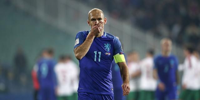 Robben noemt nederlaag Oranje in Bulgarije een nachtmerrie