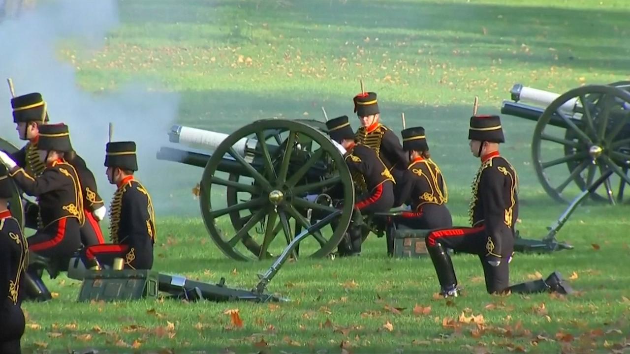Kanonschoten voor zeventigste verjaardag Britse prins Charles
