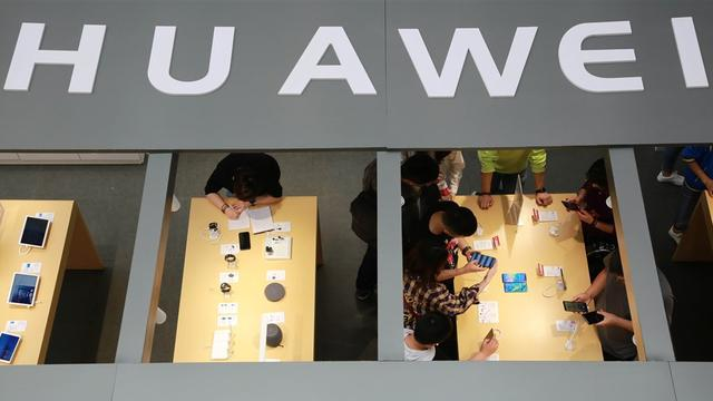 'Personeel Huawei werkte op aantal projecten samen met Chinese leger'