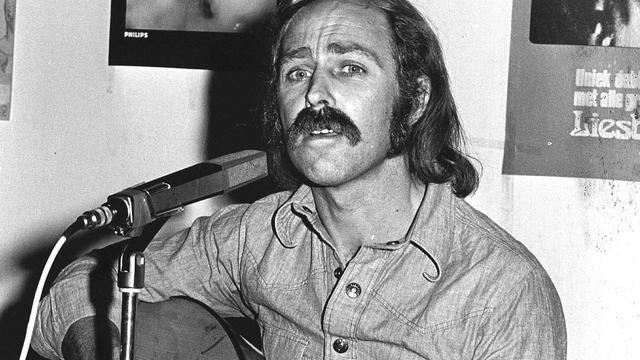 Zanger Dimitri van Toren (74) overleden