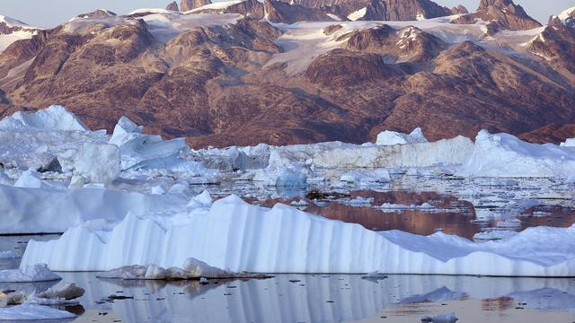 Geheim Amerikaans kamp onder smeltijs zichtbaar door opwarming aarde