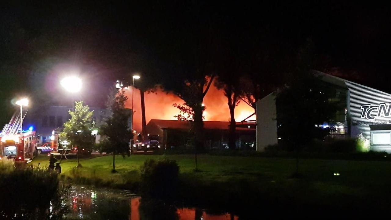 Grote brand op industrieterrein in Alkmaar