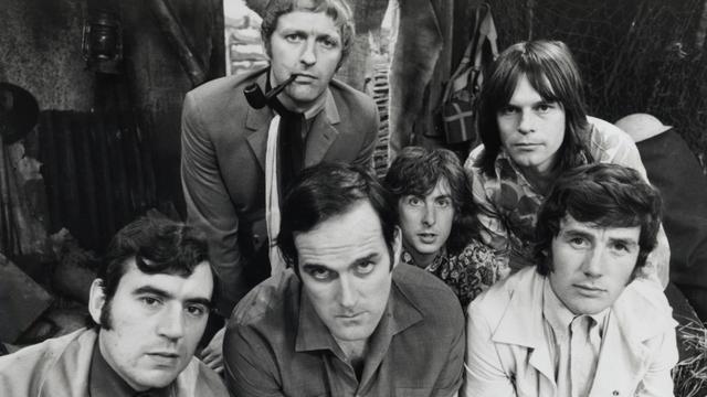Monty Python-collega's reageren op overlijden Terry Jones (77)