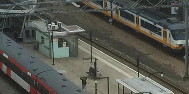 Station Hoofddorp enige tijd ontruimd na mogelijke dreiging