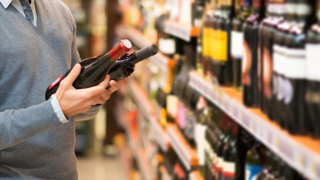 Supermarktwijn: 'In een fles van 4 euro kan geen behoorlijke wijn zitten'