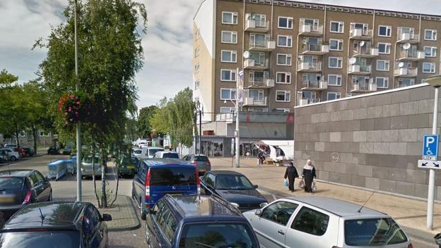 Twee mannen plegen overval op supermarkt Lambertus Zijlplein