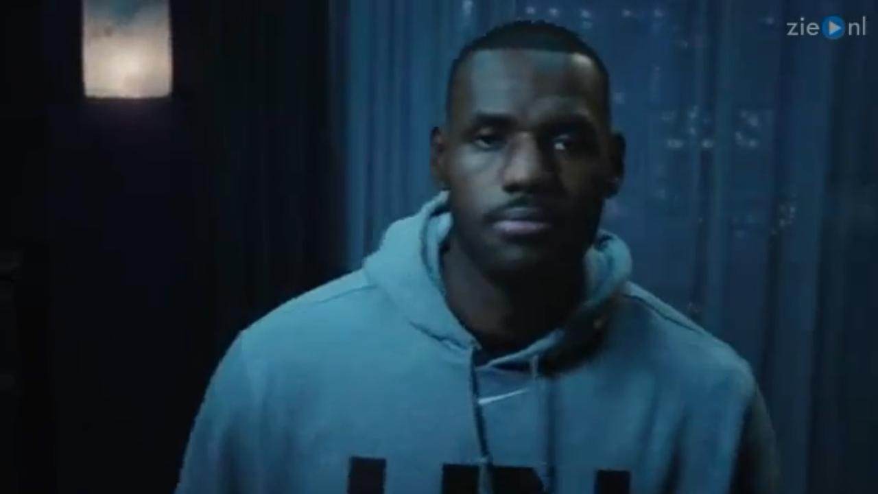 LeBron James in de nieuwe reclame voor Samsung Gear VR x