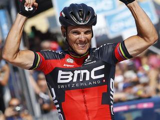 Spanjaard loopt in achttiende etappe verder uit op concurrentie