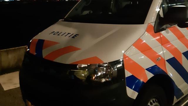 Man pint 2.500 euro met door iemand anders gestolen bankpas in Rijnhaven