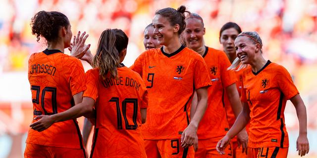 Oranjevrouwen met groot deel selectie begonnen aan voorbereiding op Spelen