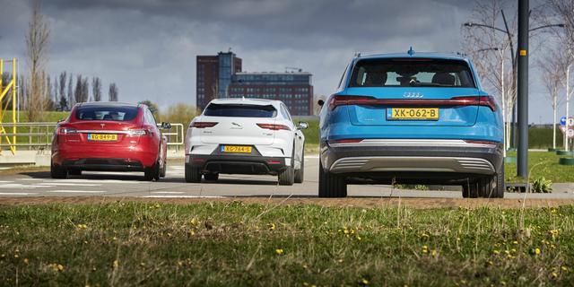 Dieselauto's in nieuwe verkoop ingehaald door elektrische voertuigen