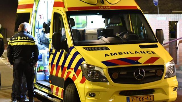 Man meerdere keren gestoken na ruzie op straat in centrum Amsterdam