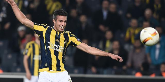 Winst Van Persie in topper met Fenerbahçe, Napoli morst punten