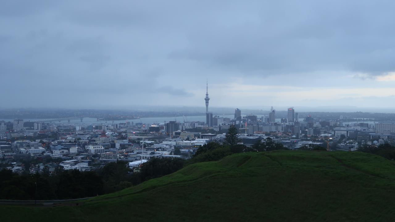 Weer tsunamiwaarschuwing voor Nieuw-Zeeland na aardbevingen voor kust - NU.nl