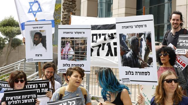 Israël schrapt afspraak over uitzetting Afrikaanse migranten