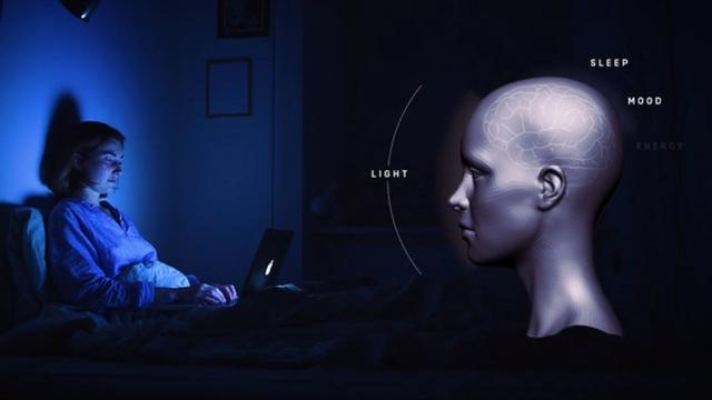 Wearable kijkt of je 'verkeerd licht' binnenkrijgt