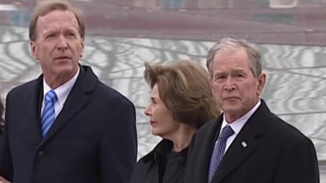 Live: Oud-president Bush begraven in Washington | NU - Het