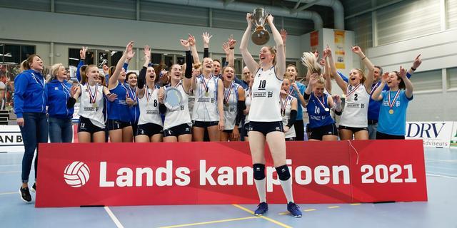Volleybalsters Sliedrecht Sport veroveren vierde landstitel op rij