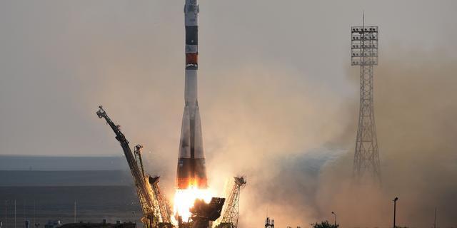 Nieuwe Soyuz-raket gelanceerd, bemanning op weg naar ISS