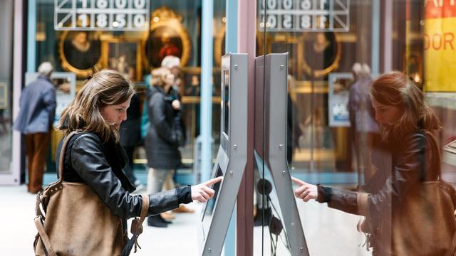 Rotterdam gaat seksuele straatintimidatie bestraffen