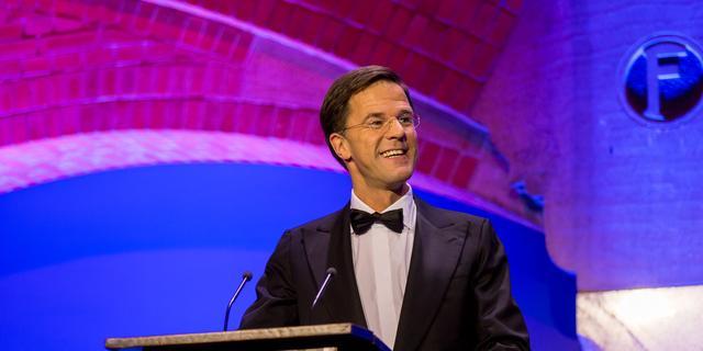 'VVD wint twee zetels na optreden Rutte in Correspondents' Dinner'