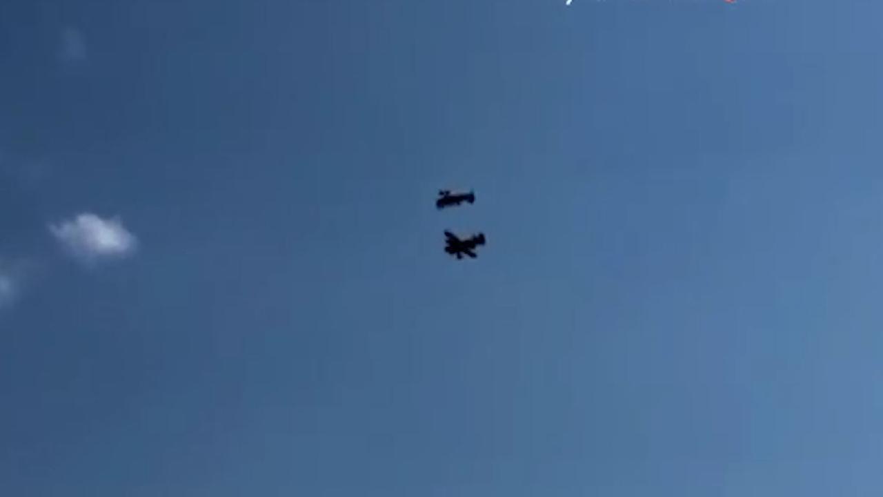 Stuntvliegtuigen botsen tijdens oefening luchtshow Roemenië