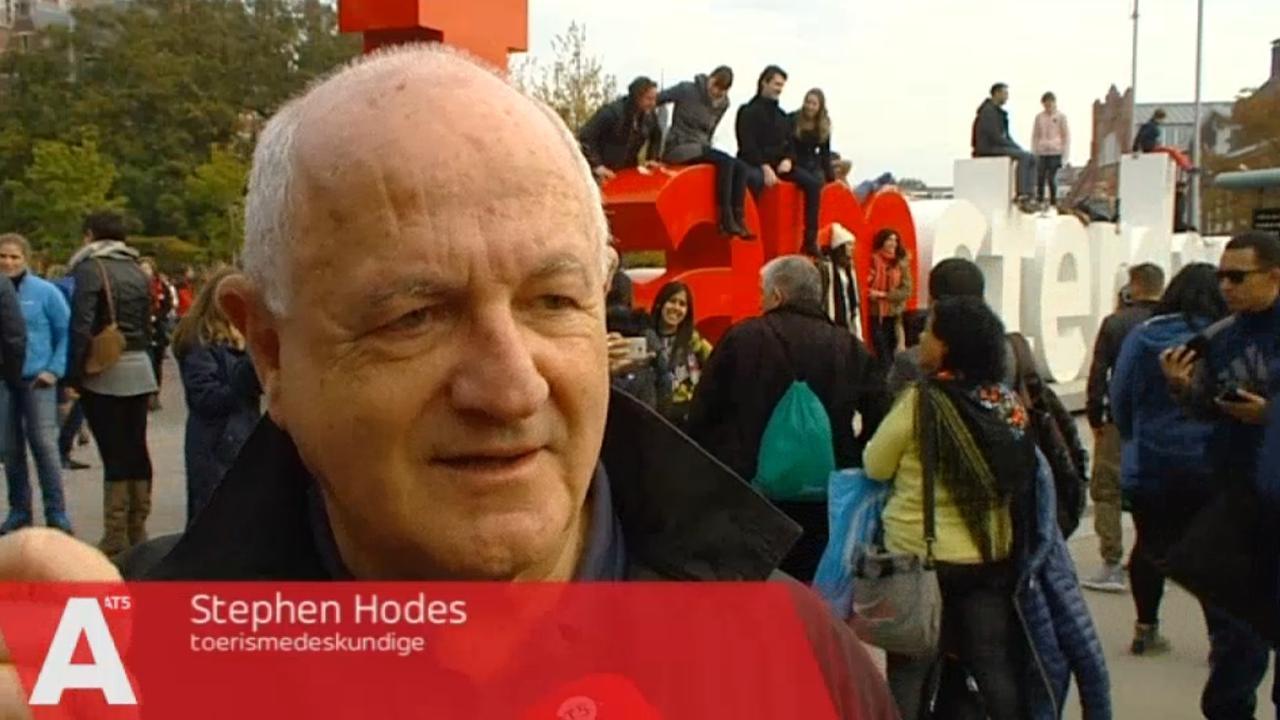 'Amsterdam dreigt een vermaakstad te worden'
