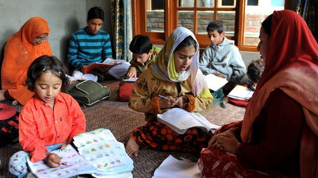 'Indiase school weert verkrachte studente'