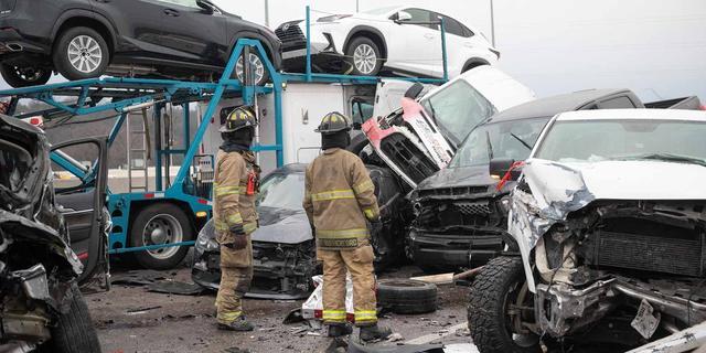 Zes doden bij grote kettingbotsing met meer dan 130 voertuigen in VS