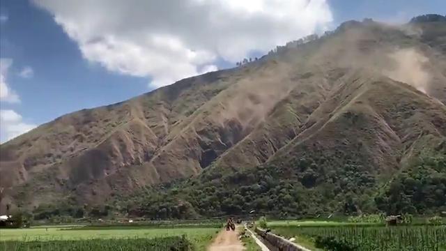 Nieuwe beving op Lombok veroorzaakt aardverschuivingen