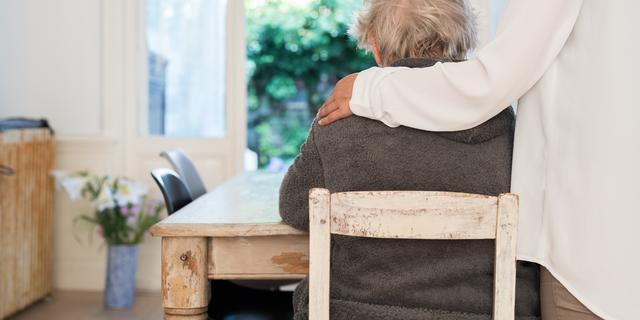 'Doorbraak voor dementiemedicijn vindt hopelijk binnen tien jaar plaats'