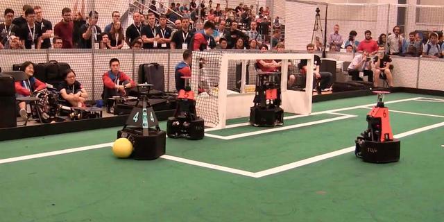 Dit moet je weten voordat je het WK robotvoetbal kijkt