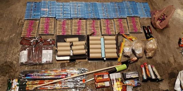 Politie treft grote hoeveelheid illegaal vuurwerk aan in woning in De Kooi