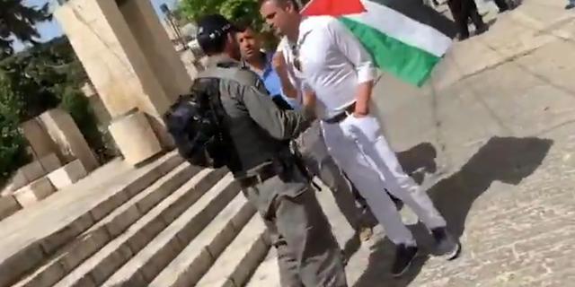 Minister Kaag: Kuzu niet opgepakt voor dragen Palestijnse vlag in Israël