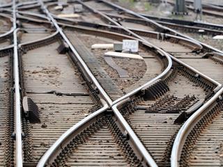 Werkzaamheden leggen treinverkeer rond Groningen plat
