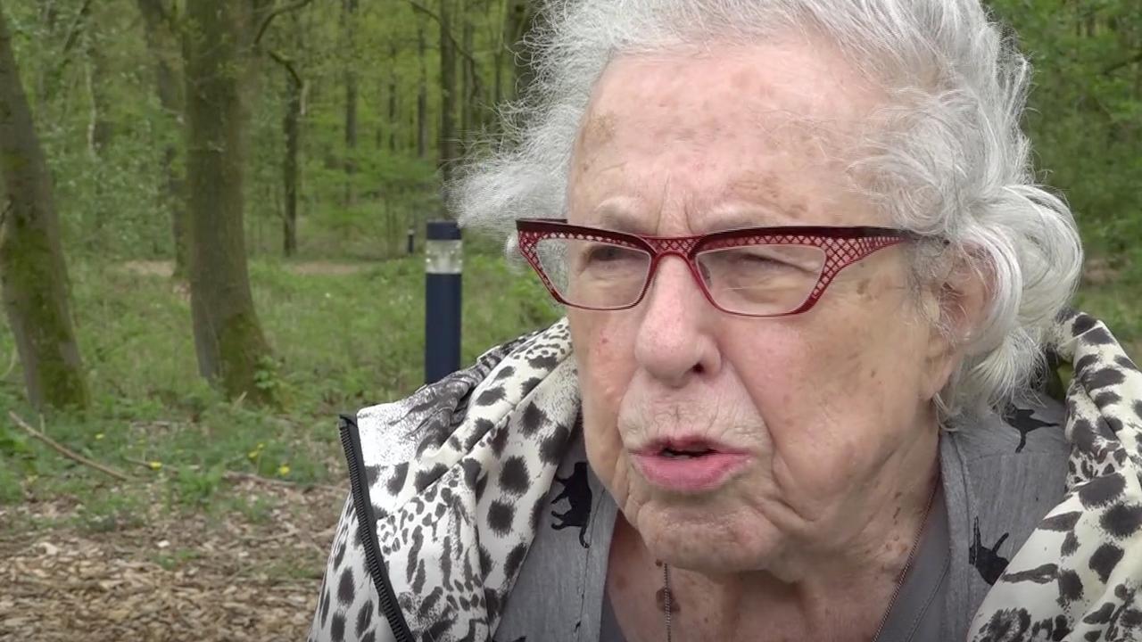 Overlevende kijkt terug op haar tijd in Kamp Westerbork