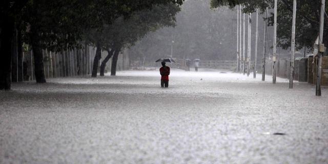 Veel doden door overstromingen India