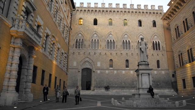 'Reddingsplan Monte dei Paschi onder druk na referendum'