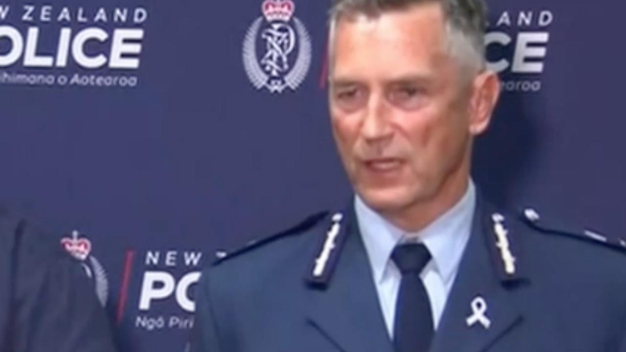 Live: Politie Nieuw-Zeeland Houdt Persconferentie Na