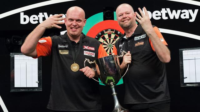Van Gerwen en Van Barneveld prolongeren titel bij World Cup of Darts