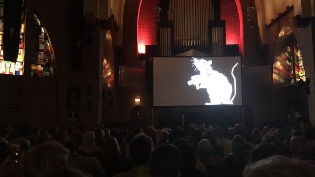 Mysterieuze filmvoorstelling Groningen zorgt voor lange rijen