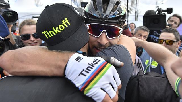 Sagan draagt zege in Vlaanderen op aan overleden renners