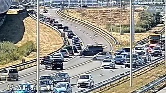 Vijftig automobilisten rijden tegen verkeer in bij gesloten tunnel Utrecht